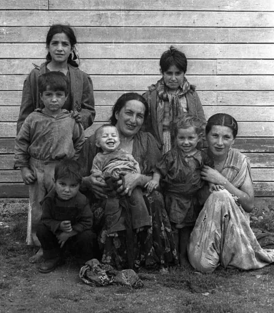 Familia posando para foto